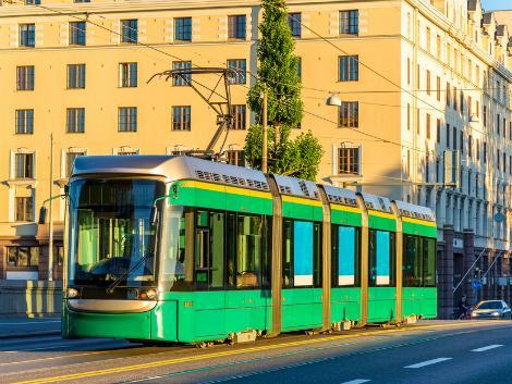 ヘルシンキ:街を走るトラム
