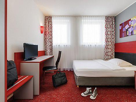 ベルリン:イビス スタイルズ ベルリン アレクサンダープラッツ 客室一例