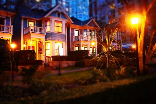 ビクトリア様式の可愛らしい家も多く残るバンクーバー