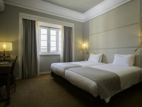 リスボン:ミラパルケ 客室一例