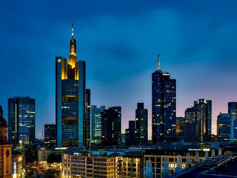 フランクフルト:ビル街の夜景