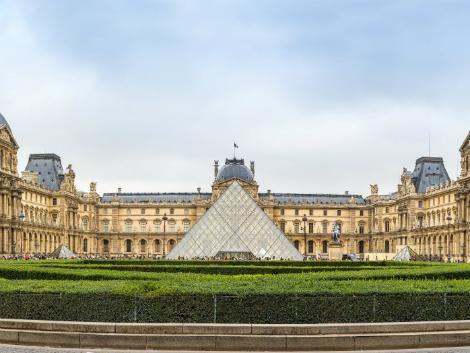 パリ:ルーブル美術館