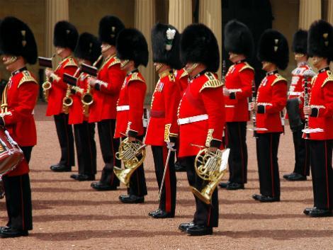 ロンドン:衛兵交代式