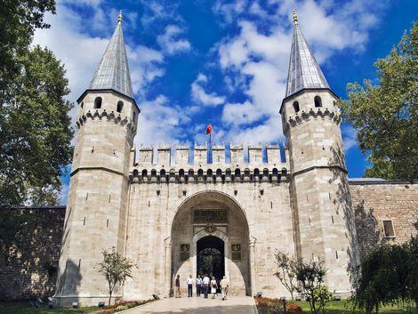 イスタンブール:トプカプ宮殿の入口