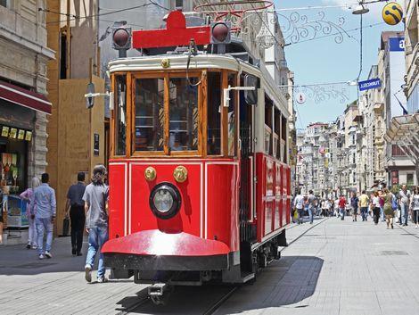イスタンブール:トラム