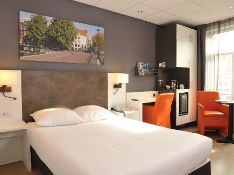 アムステルダム:ホテル アムステルダム-デ ローデ レーウ 客室一例