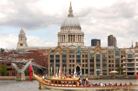 ◇◎ロンドン:セントポール大聖堂とテムズ川