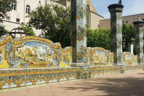 ◇◎ナポリ:サンタキアラ教会