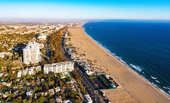 サンタモニカビーチの景色