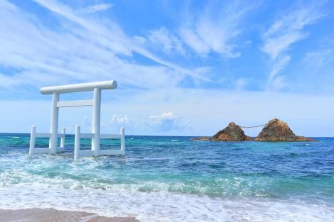 福岡:糸島(女王岩と白鳥池)