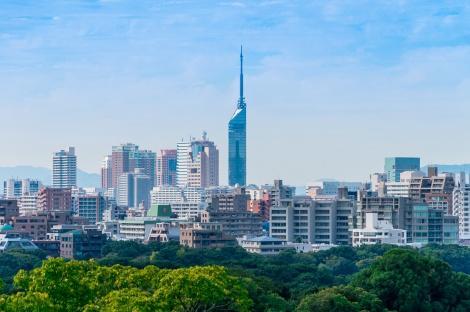 福岡:福岡市とマリンタワー