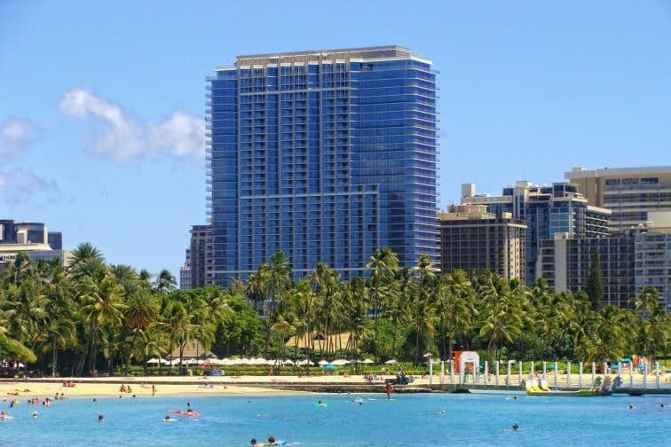 ホノルルでラグジュアリー滞在を満喫するなら、オアフ島で初めて5つ星に認定された「トランプ インターナショナル ホテル ワイキキ ビーチ ウォーク」に決まり!