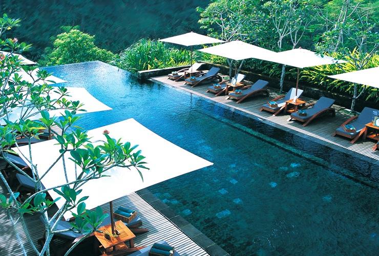 マヤ ウブド リゾート&スパのプール