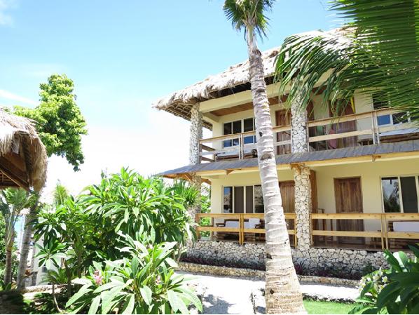 マラパスクア島の『Tepanee Beach Resort』