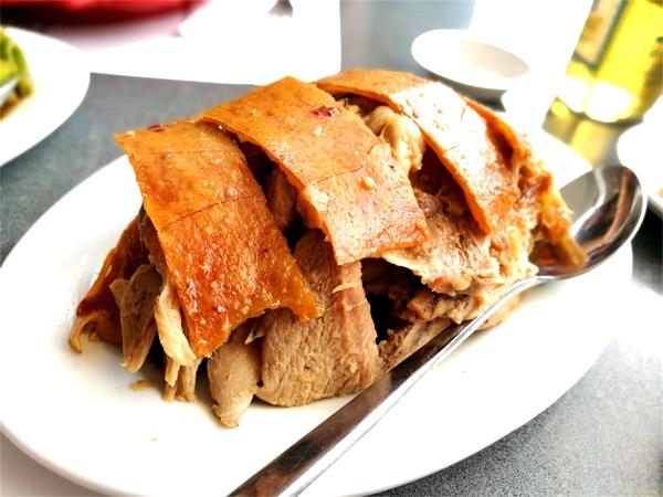 フィリピンの伝統料理「レチョン」をズブチョンで食べてみた!