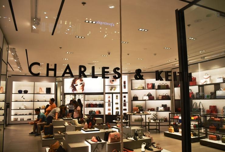 CHARLES&KEITH(チャールス アンド キース)外観