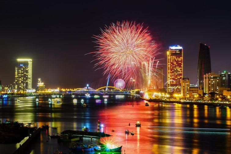 【2019年度】ダナン国際花火大会が6月から毎週土曜日に開催決定!