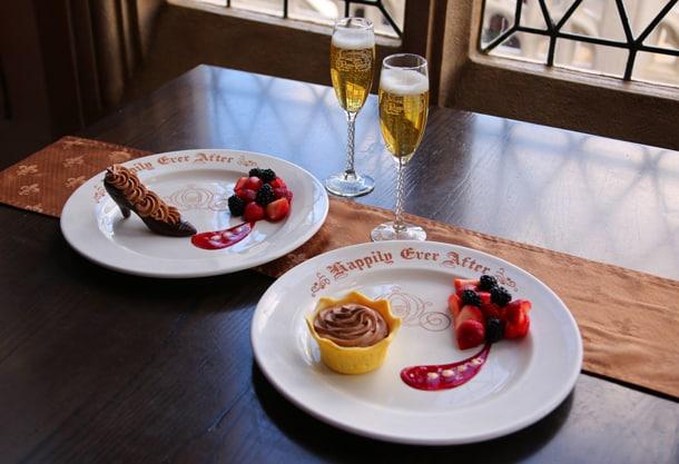 憧れのシンデレラ城で過ごす至福の夕食付」ツアー