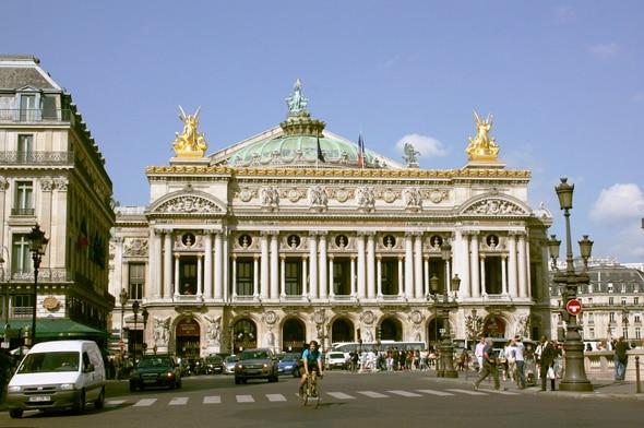 パリのランドマーク的存在「オペラ座」