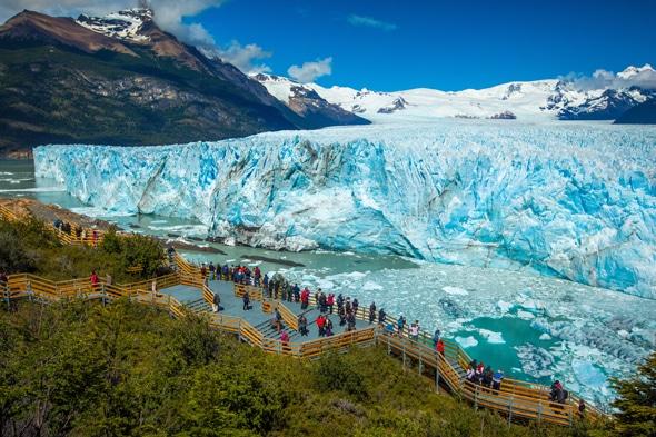 ペリト・モレノ氷河の眺望