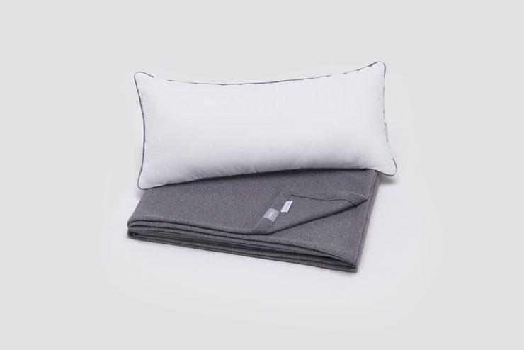 無料でご利用いただける枕と毛布
