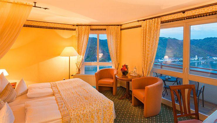 ロマンティック ホテル シュロス ラインフェルス