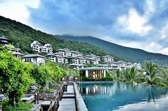 アジア屈指の5つ星ホテル「インターコンチネンタル ダナン サン ペニンシュラ リゾート」のレストランやスパをご紹介!