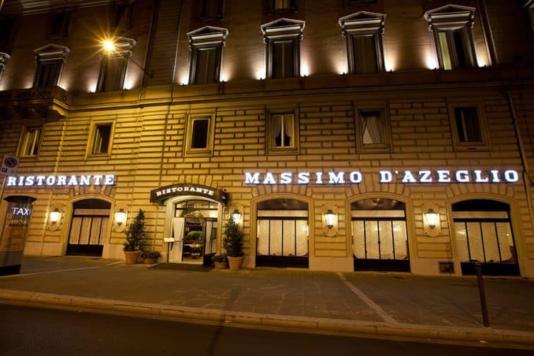 《ローマ人気ホテル》テルミニ駅からたった100mの絶好ロケーション!オシャレで格式高い客室も評判!「ベットーヤ ホテル マッシモ ダツェリオ」