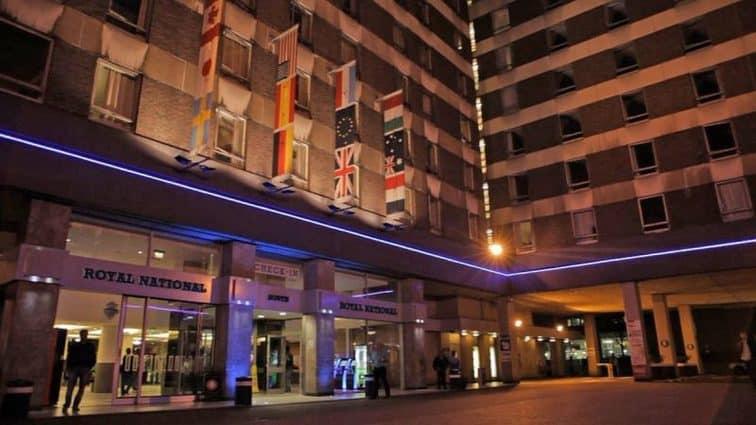 外観 ロイヤル ナショナル ホテル