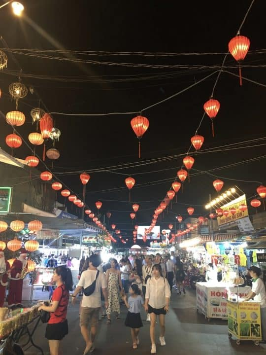night-market3