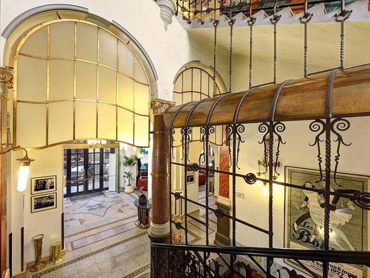 Hotel-Paris-Prague lobby