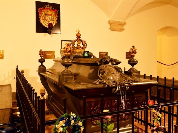 聖ミヒャエル教会/ルートヴィヒ2世をはじめ、歴代のヴィッテルスバッハ家の君主が安置されている。