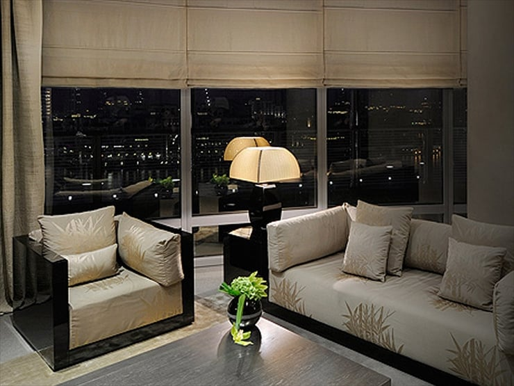 アルマーニ・ホテル・ドバイ/ホテル最高峰のカテゴリーであるアルマーニ・ドバイ・スィートでは息を飲むような絶景に出会える。