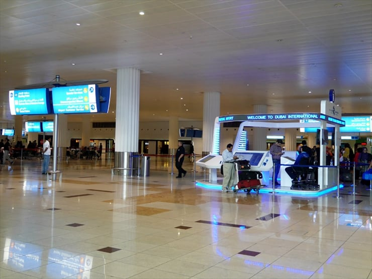 空港内には、日本語の案内はないが、あちこちに案内が掲げてあるので迷うことはないだろう。