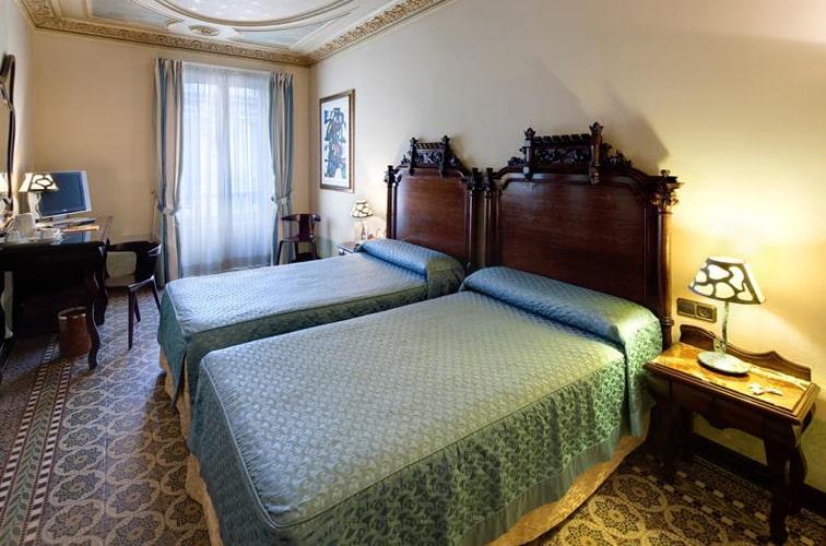ホテル リアルト
