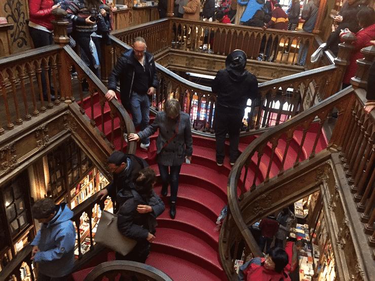 一番の見どころ螺旋階段