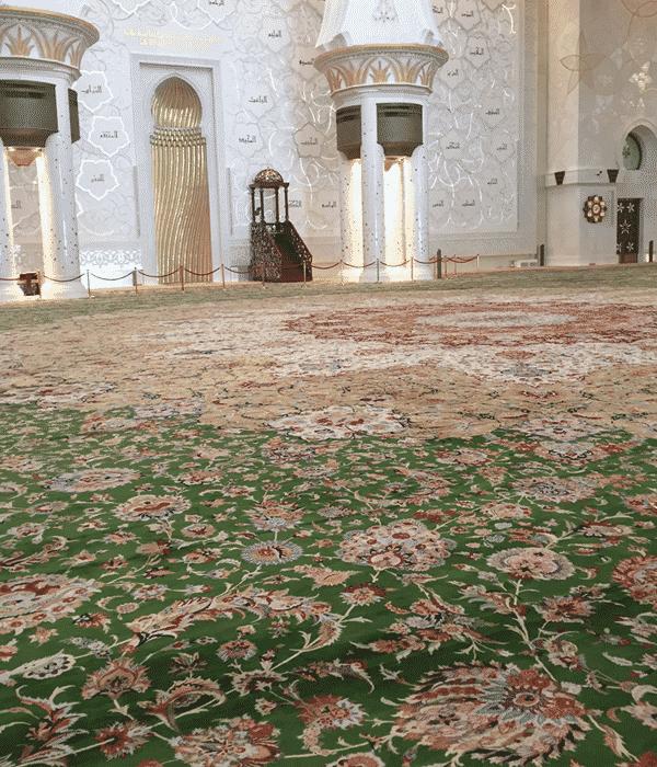 世界最大の手縫いペルシャ絨毯