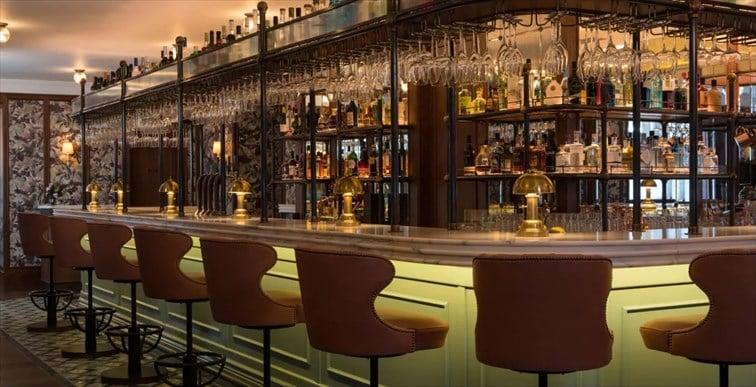 スコッチを400種類も取り揃えているスコッチ専門バー