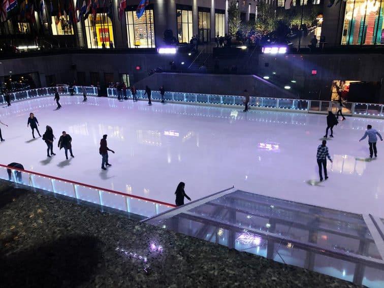 フックフェラーセンタースケートリンク