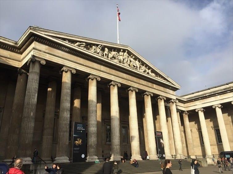 日本のマンガ展が開催される大英博物館