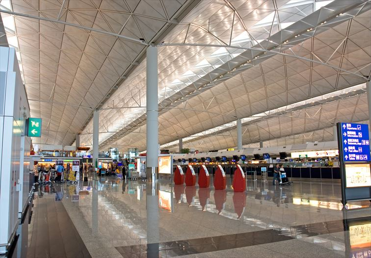 中国路線をたくさん運航している「香港国際空港」