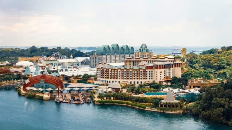 セントーサ島の北側の遊園地や水族館