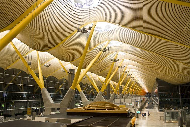 アドルフォ・スアレス・マドリード=バラハス空港