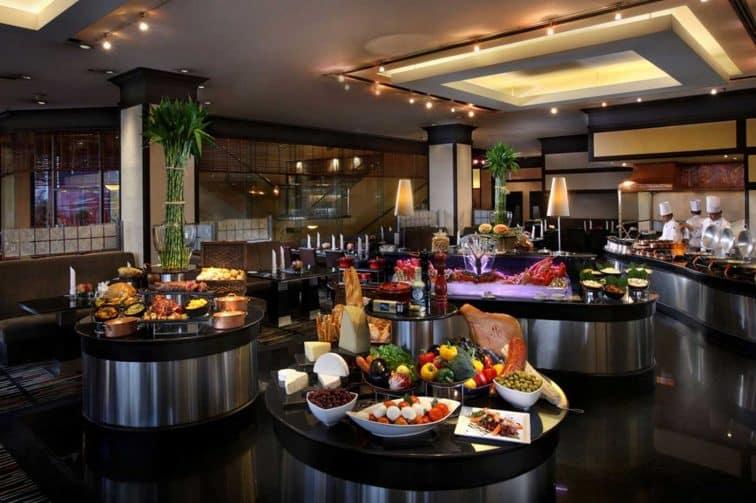 ザランドマークホテルの朝食ビュッフェ「ATRIUM」