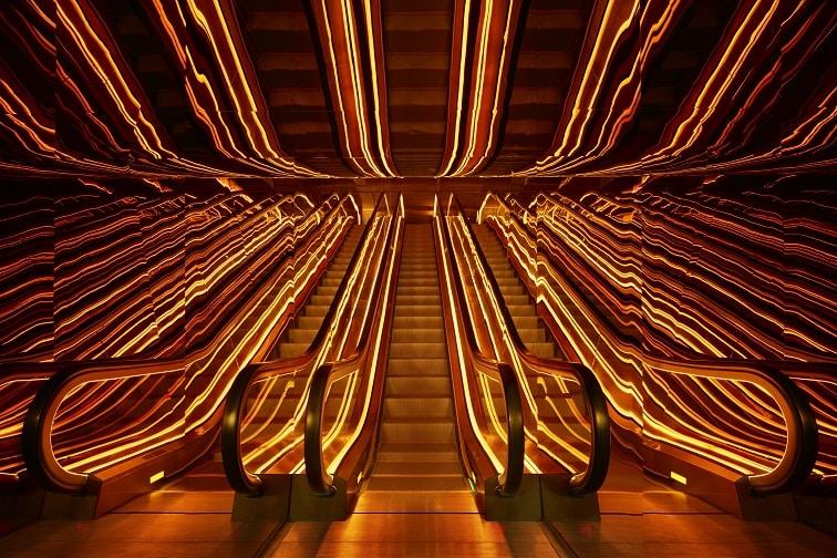 パブリックホテル・エントランスエレベーター