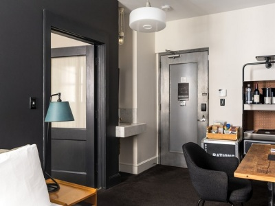ニューヨーク・エースホテル3×4