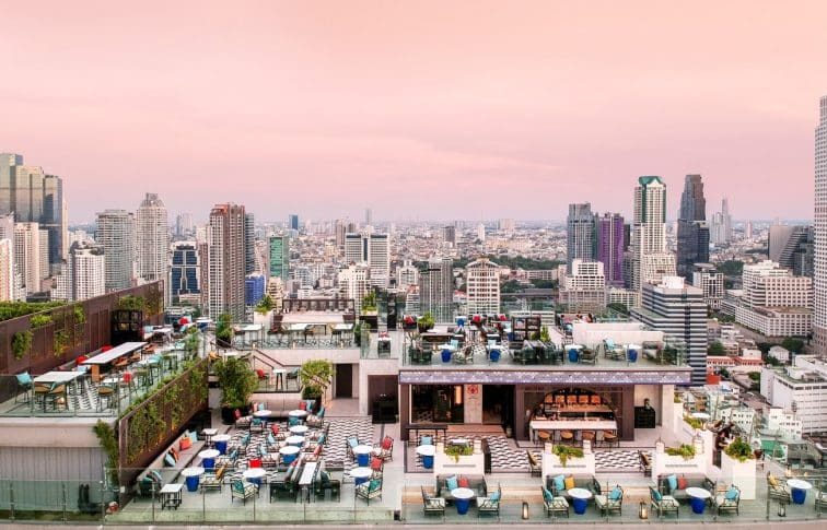 【バンコク新築ホテル】超穴場!マリオット ホテル ザ スリウォンのルーフトップバーとプールがオススメな理由