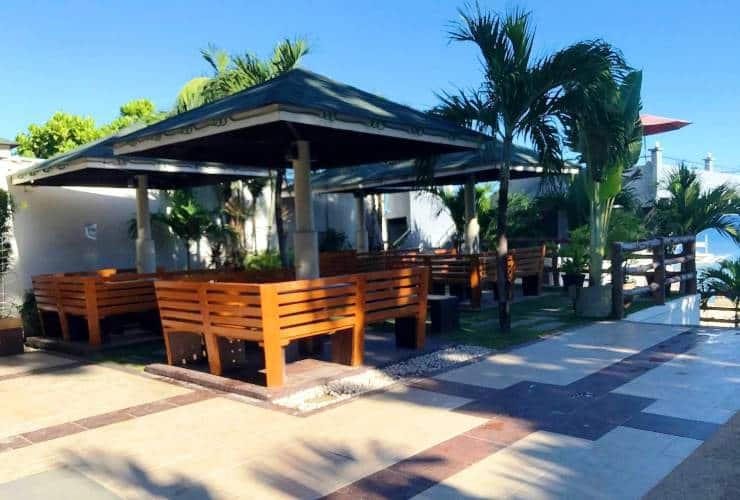 パーム ビーチ リゾート プールバー