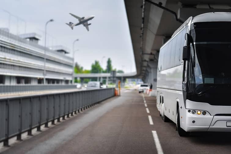 ナイアガラの滝・空港シャトルバス