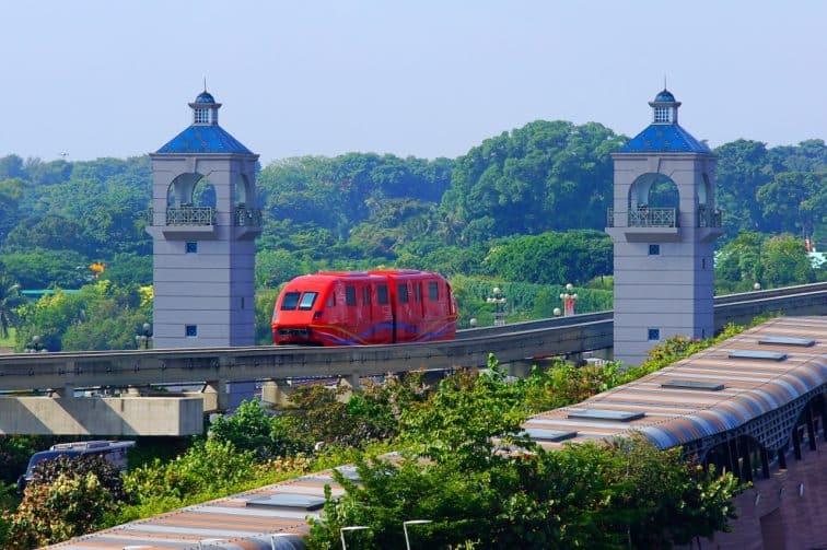 セントーサ島へ行く電車「セントーサエクスプレス」